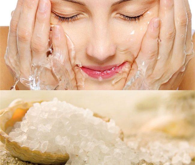 rửa mặt bằng nước muối
