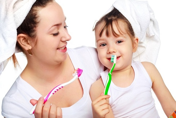 cách chữa hôi miệng bằng nước muối - Dr.Muối