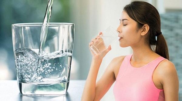 cách chữa trị hôi miệng với nước muối - Dr.Muối