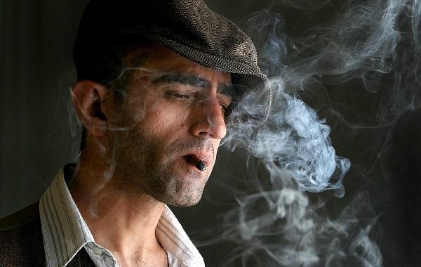 thuốc lá gây viêm lợi - Dr.Muối