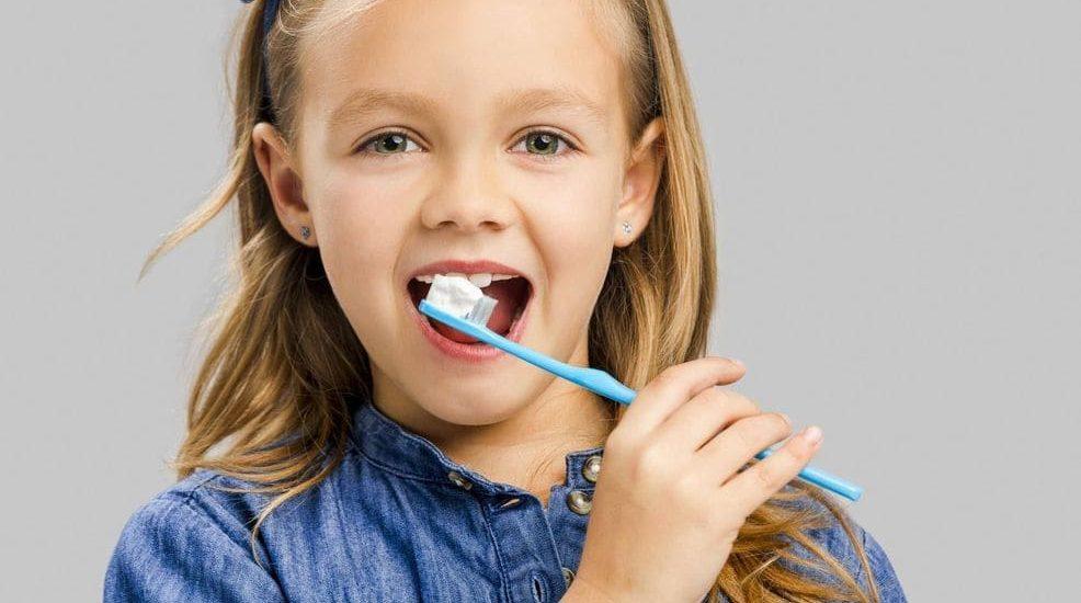 các cách chăm sóc răng miệng cho trẻ