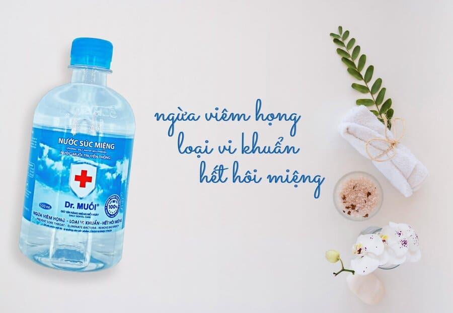 cách dùng nước súc miệng đúng cách