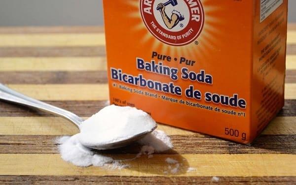 chữa bệnh hôi miệng bằng baking soda