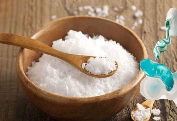 không nên lạm dụng tẩy trắng răng bằng muối