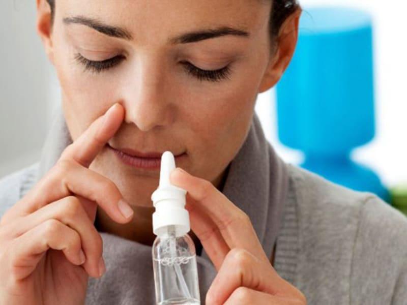 rửa mũi bằng nước muối an toàn