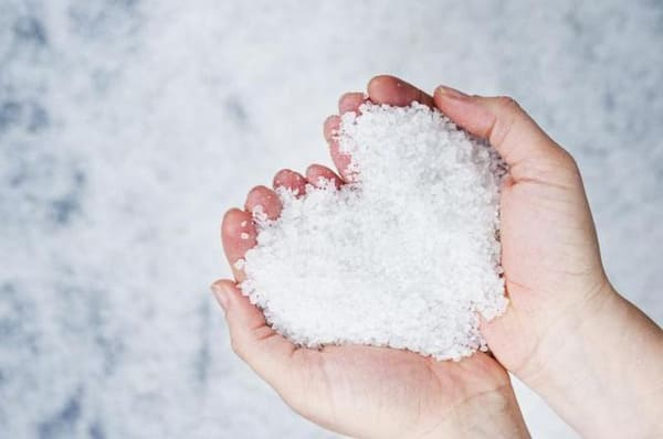 Tác dụng của muối biển điều hòa huyết áp