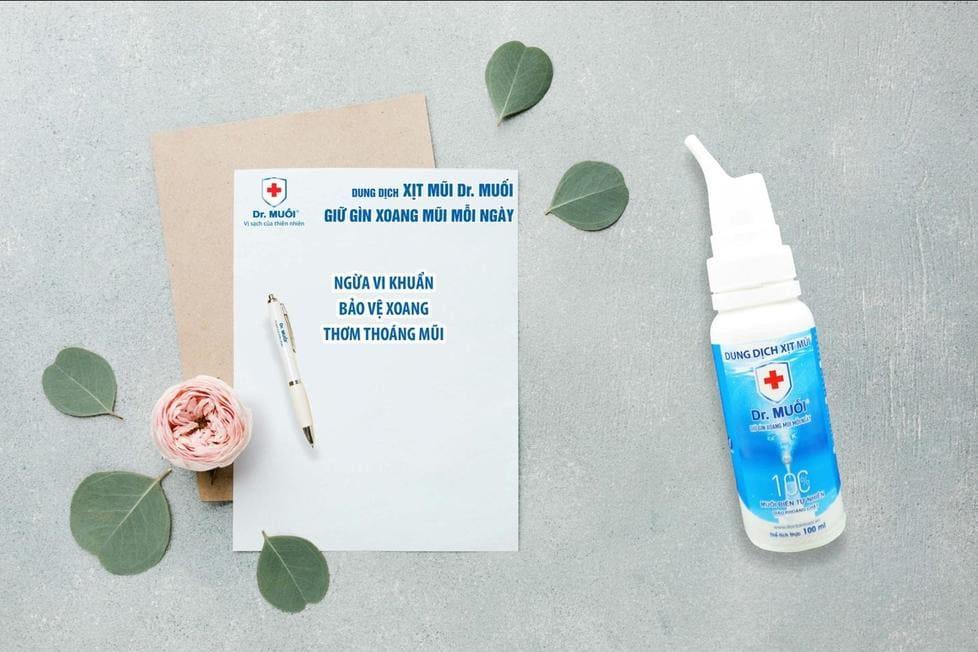 trị viêm mũi bằng nước muối hiệu quả