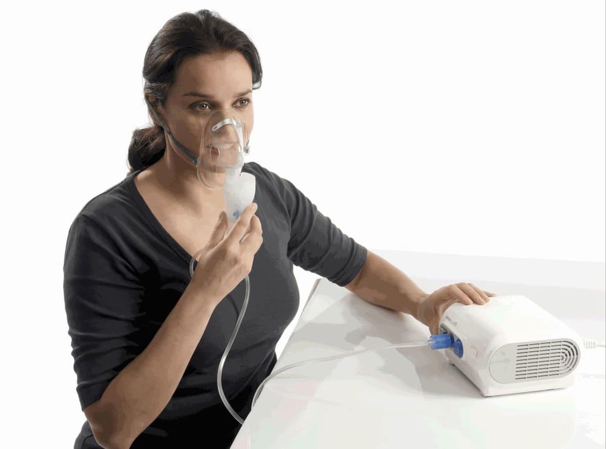 xông nước muối sinh lý thông mũi họng
